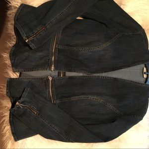 Chico's sz 1 convertible denim jacket